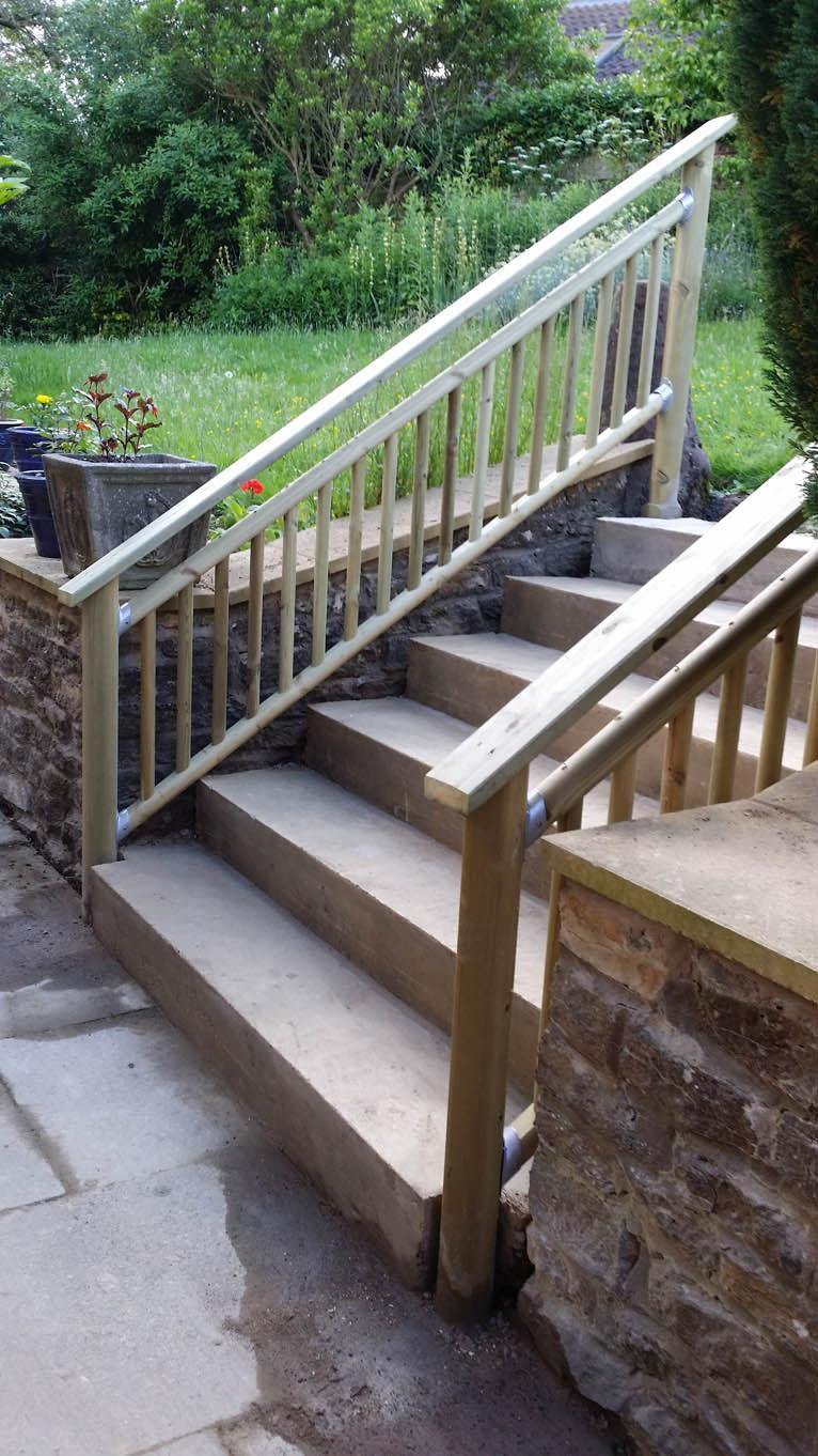 steps-sml-g – THE CONSTANT GARDENER